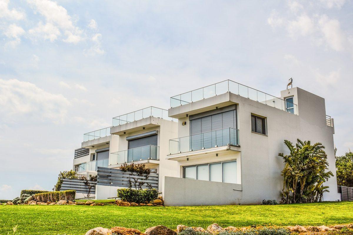Как переехать жить на Кипр: получение ВНЖ, ПМЖ и гражданства страны