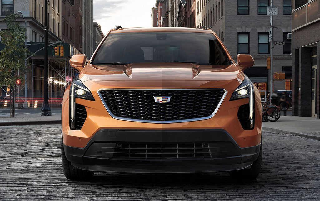 Автомобиль Cadillac XT4 2019