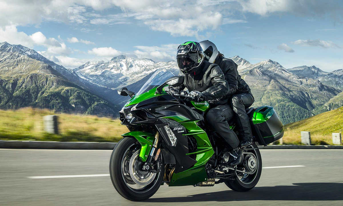 Обзор мотоцикла модели Kawasaki ER6F (Ninja 650R)