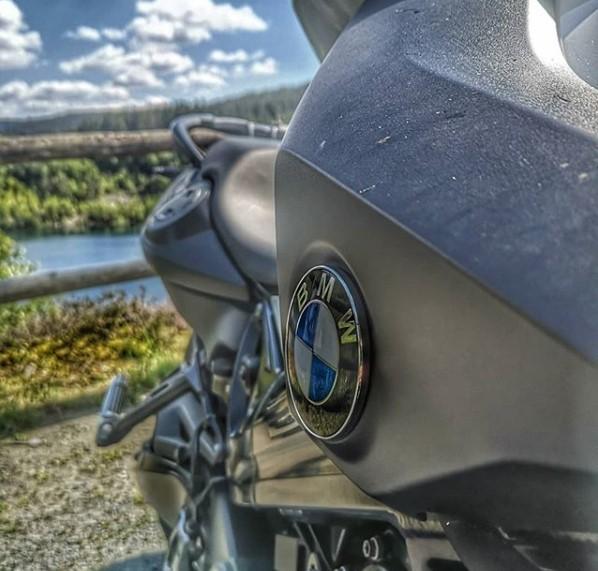 Обзор мотоцикла модели BMW F 800 R
