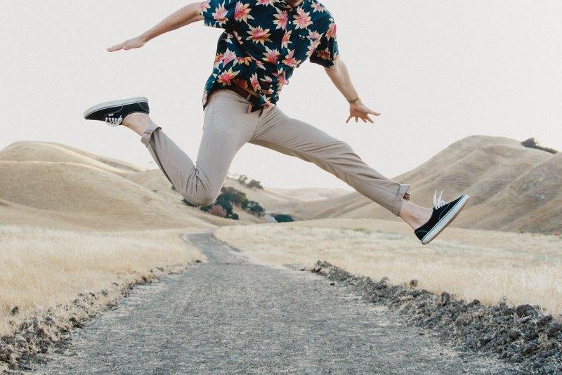 6 основных цветов мужских брюк Чинос